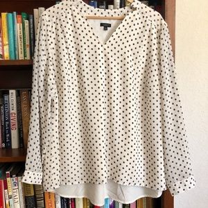 Talbots Woman petite high/low blouse w/black dots